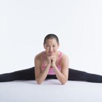 Yin Yoga with Eleen Yaw logo
