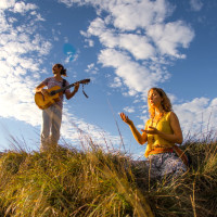 Live Music - Lunar Flow and Yin Class with Nicole Walsh and Lulu & Mischka