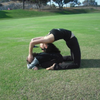 Family Acroyoga class (parents & kids 8-13yrs)