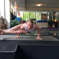 Yogareal Yoga Studio - Albert Park logo