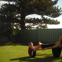 Family Acroyoga (Parents & kids 5-8yrs)