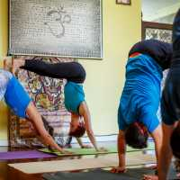 AcroYoga - 2 Hour Master Class - Beginners welcome