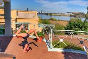 headstand workshops in Fremantle