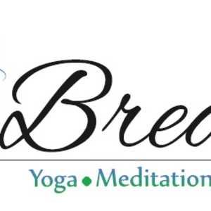Yoga with Oumany logo
