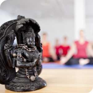 Yoga Jivana logo