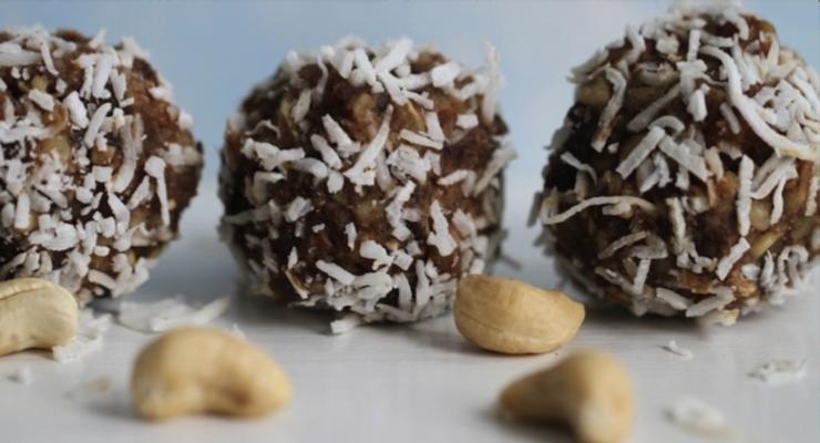 Superfood Bliss balls cooking workshop