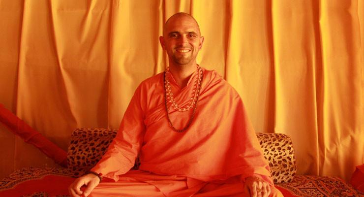 Mahamandaleshwar Swami Jasraj Puri