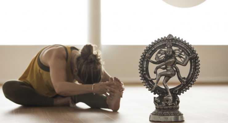 'Awakening to the Divine' Yoga Immersion & 200hr YTT