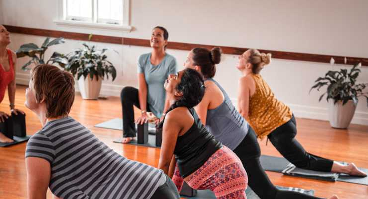 Pregnancy Yoga 6-week course Live-streamed Tuesday