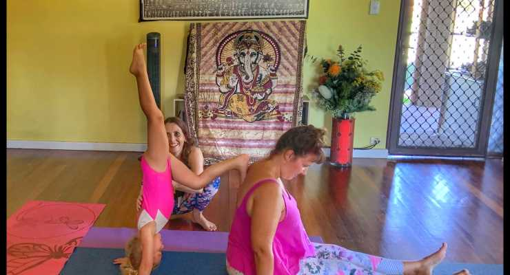 Family Acroyoga Fremantle