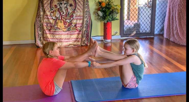 Kids Yoga & Acroyoga