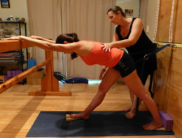 Studio Scoliosis-yoga and your strong fluid spine logo