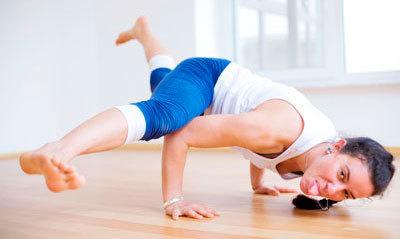 searching   yoga job