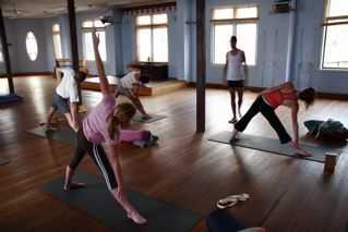 Free Class - Iyengar Yoga