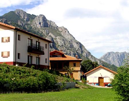 Radiance Spain Yoga & Asturias Hiking Retreat