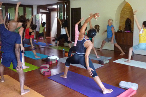 Yoga Academy – Yin and Yang Yoga Teacher Training with Simon Low Feb 14-Mar 14, 2015