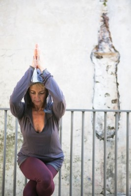 Unlocking the shoulders, neck and upper back with Beth Borowsky