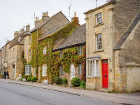 Cotswold Stone Antique Shopping Center and Market Town of Stow On The Wold