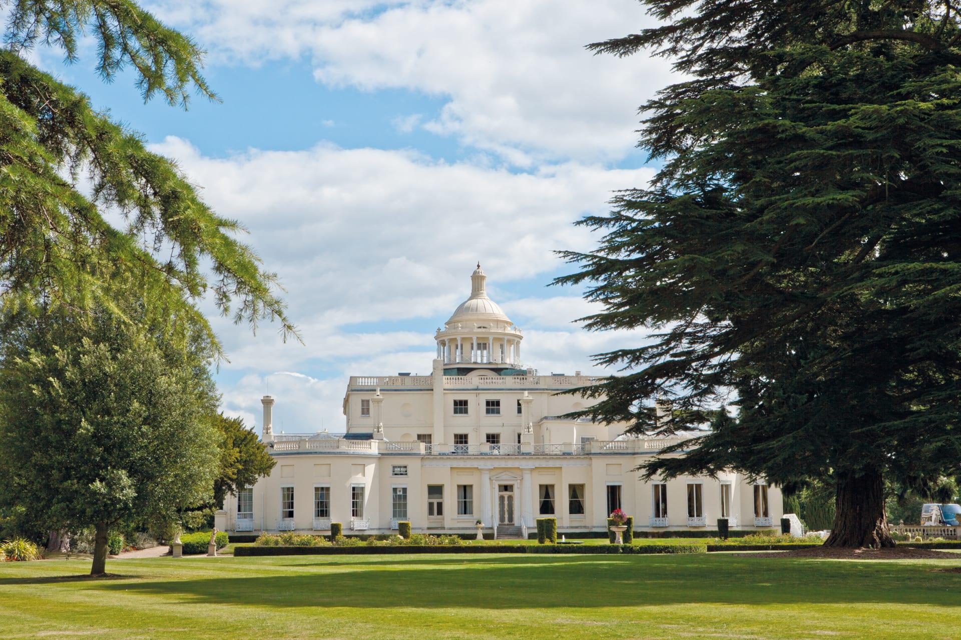 Stoke Park Mansion 4 pvyyxg