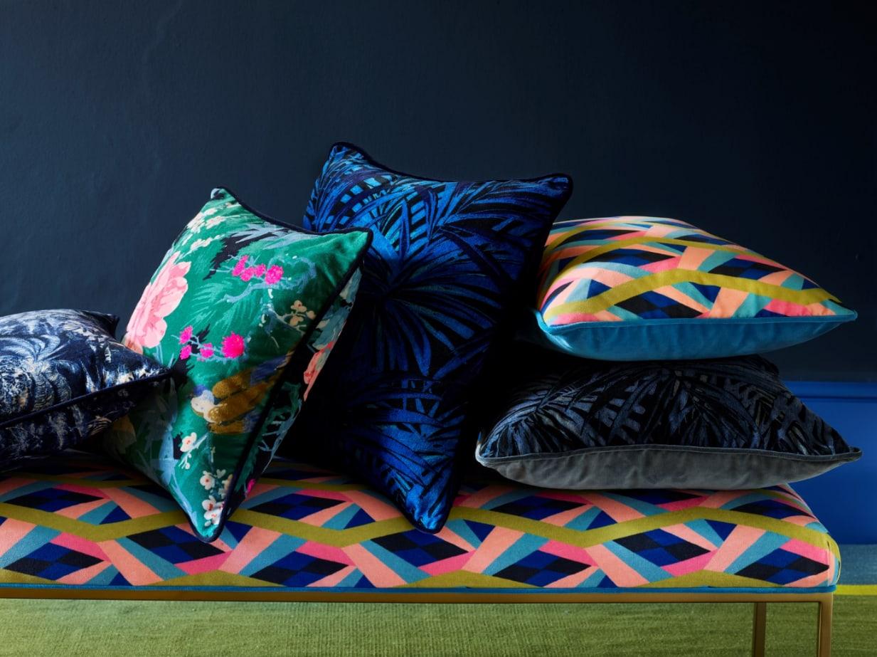 cover image cushions iewzwm
