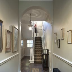 EntranceHall Credit Siobhan Doran Photography Copyright Charles Dickens Museum j6qmgf