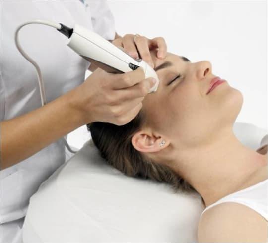 Quartz Aesthetic Divine Pro Facial Treatment
