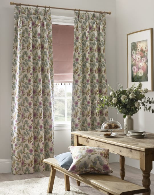 FLORA BLUSH CURTAIN ROOM SHOT suj2fk