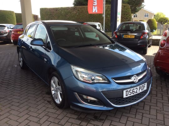 Fox Motor Company Vauxhall Astra For Sale Blue