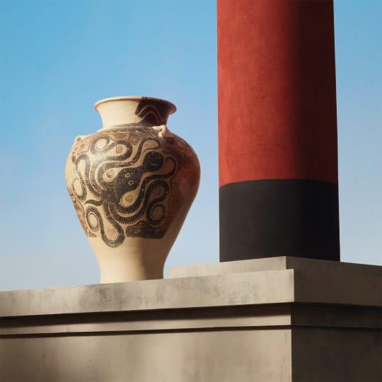 KNOSSOS STORAGE JAR 1450 1400 BC  Ceramic  Knossos  Crete  Greece