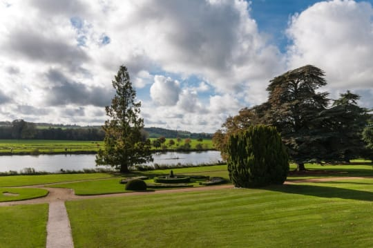 Henley Greenlands River Grounds