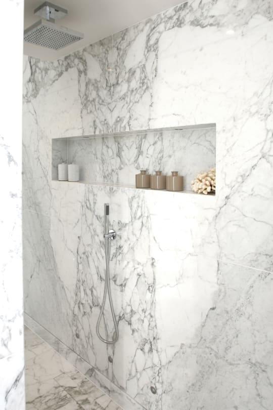 master bathroom Calacatta Vagli1 pdsa6r