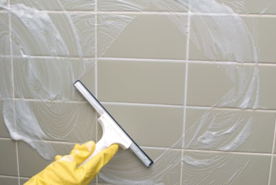 LSA Cleaning Services Cleaning Bathroom Walls