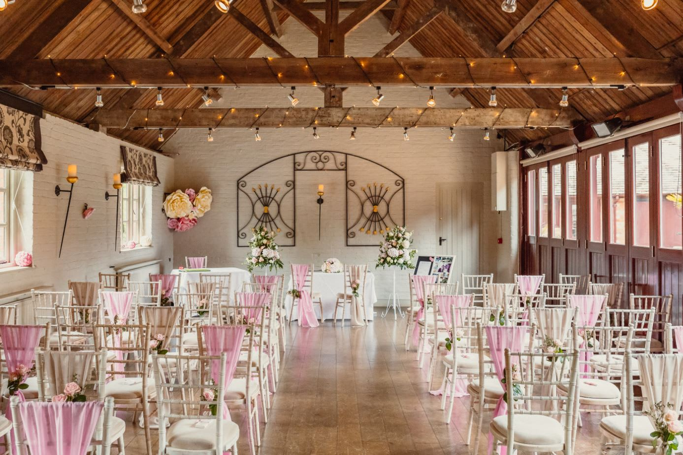 The Five Arrows Hotel Waddesdon Wedding Photographer   Potters Instinct Photography. ltfe8p