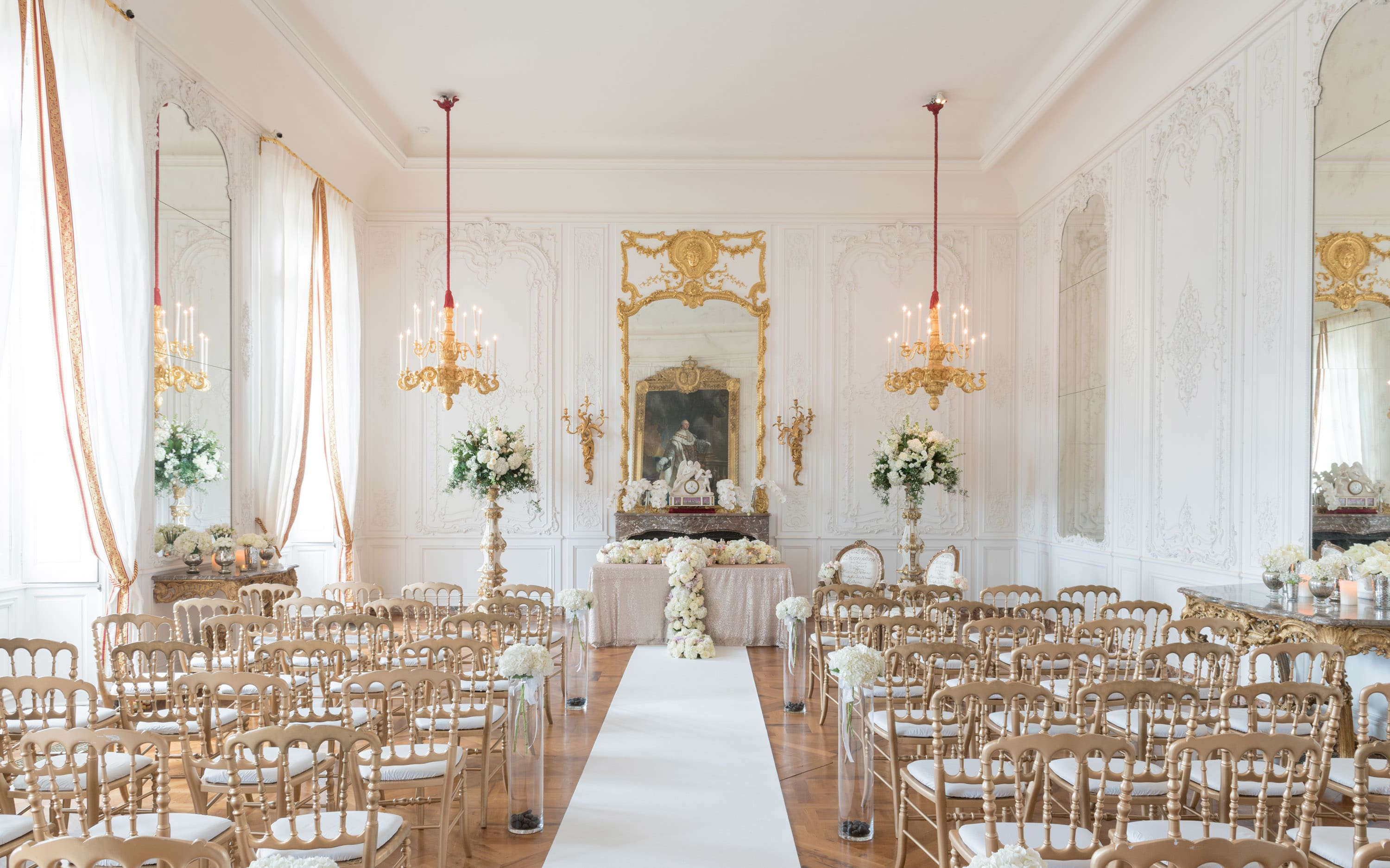 The White Drawing Room wedding ceremony set up. Photo Stuart Bebb The National Trust Waddesdon Manor. daunxo