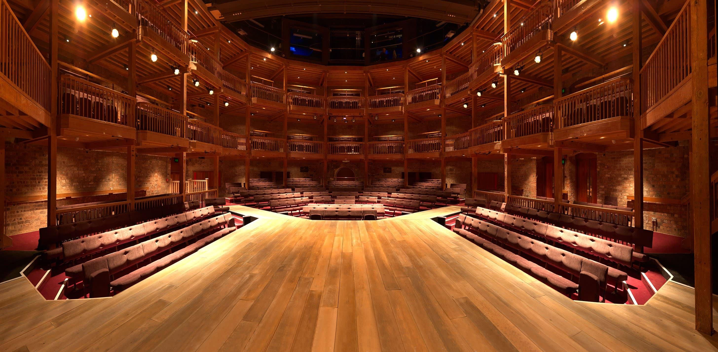 Swan Theatre auditorium 2012 Stewart Hemley  c  RSC 11031 2