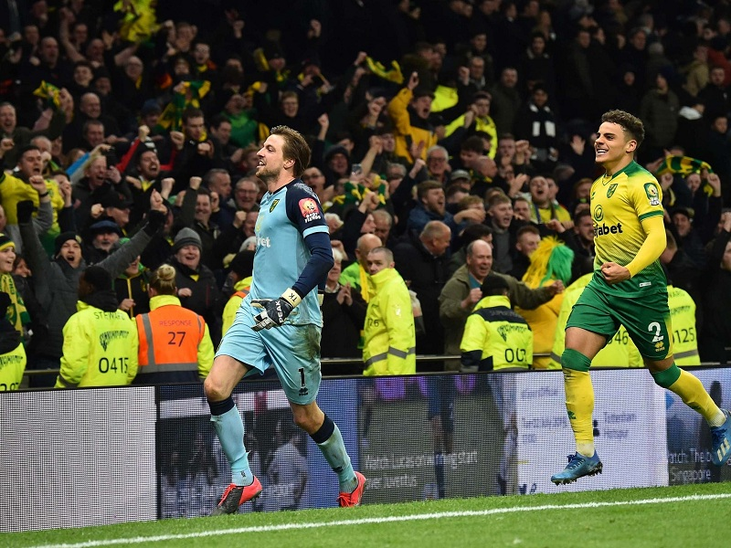 Fa Cup: Spurs knocked out by Norwich City on penalties