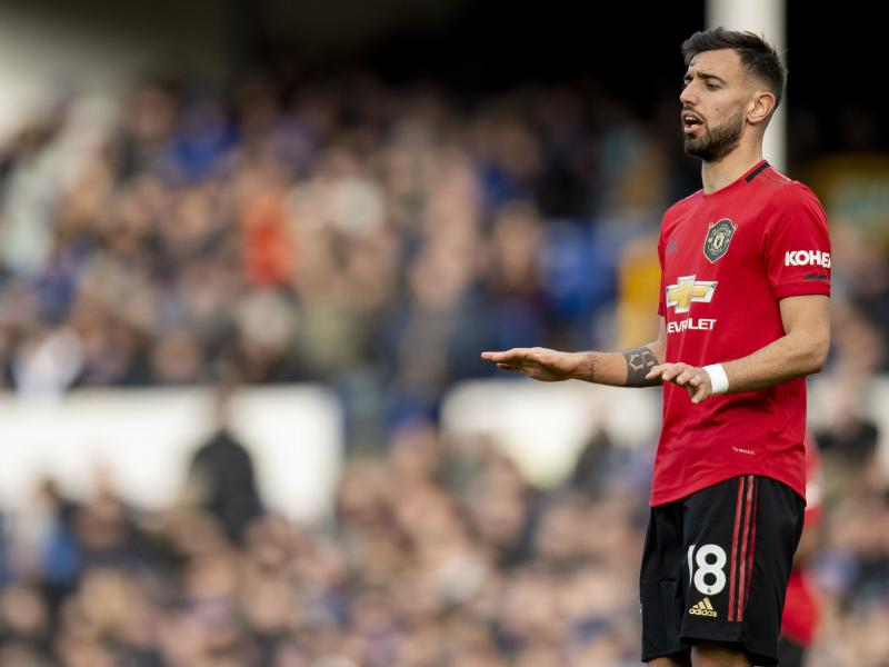 Bruno Fernandes named Premier League Player of the Month