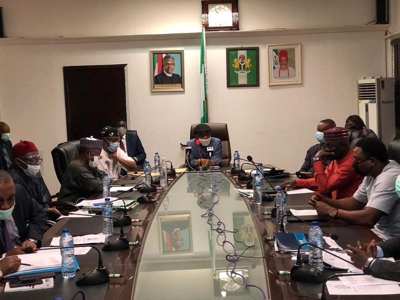 FG, resident doctors sign agreement after seven-hour meeting