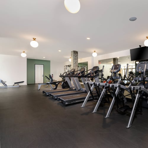 View a Townside fitness center virtual tour at Mission Hills in Camarillo, California
