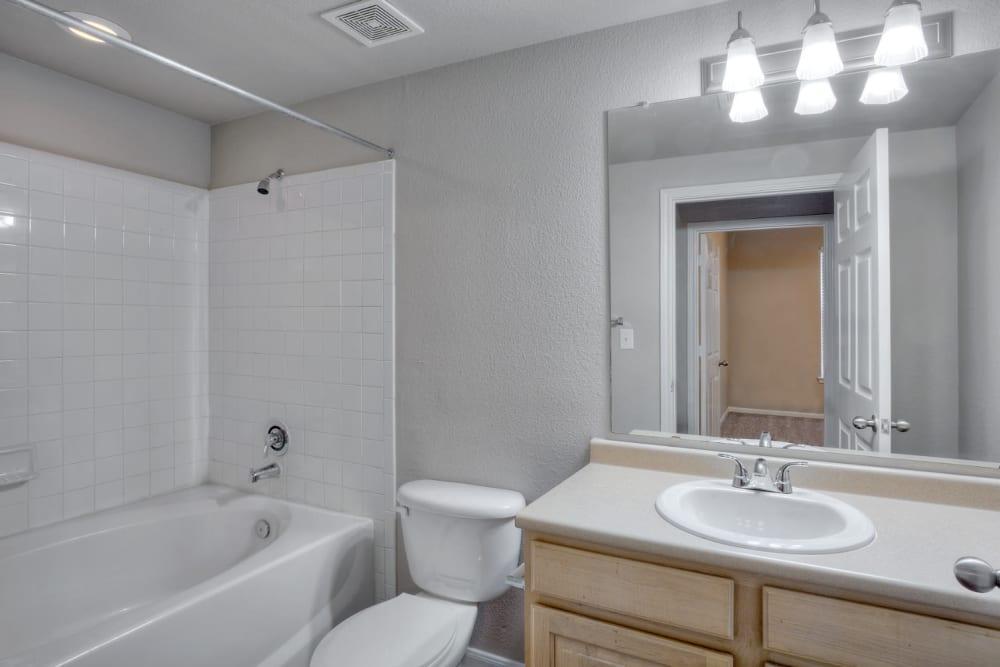 Clean bathroom at Marquis Bandera in San Antonio, Texas