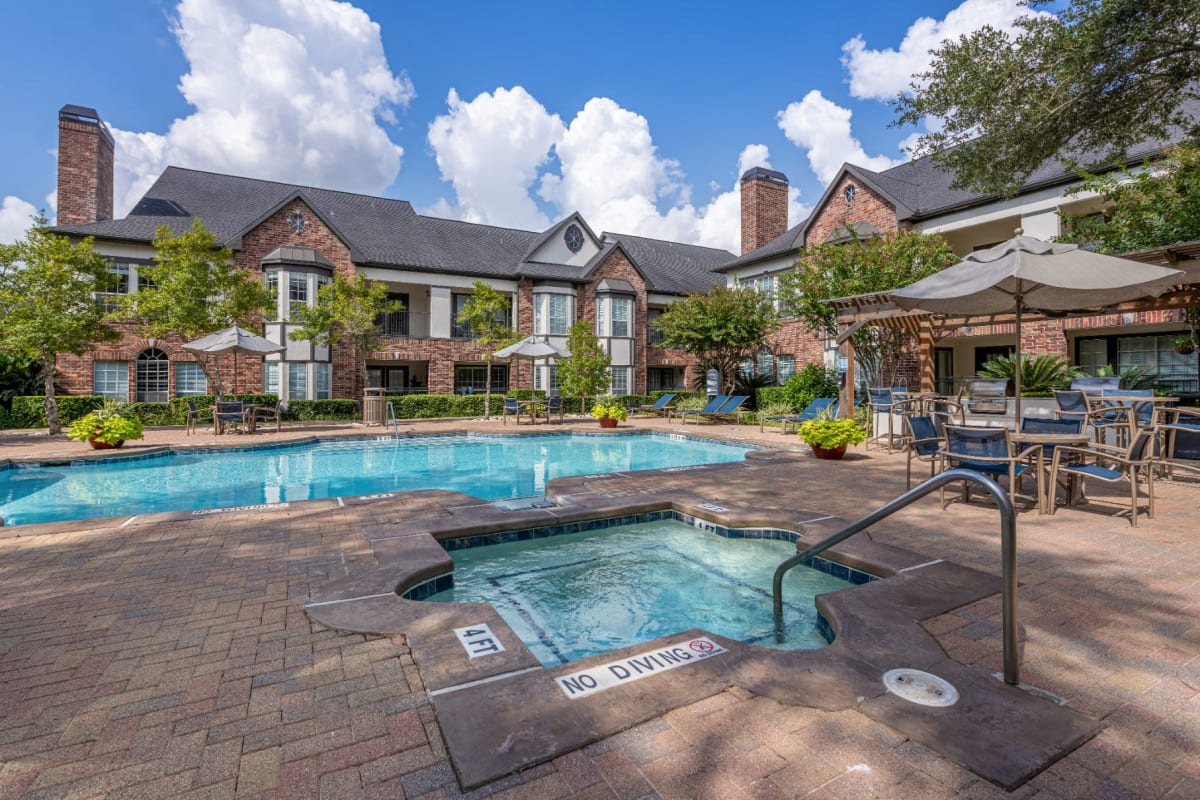 Resort-style swimming pool at Marquis on Memorial in Houston, Texas