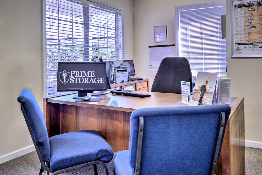 Leasing office at Prime Storage in Acworth, Georgia