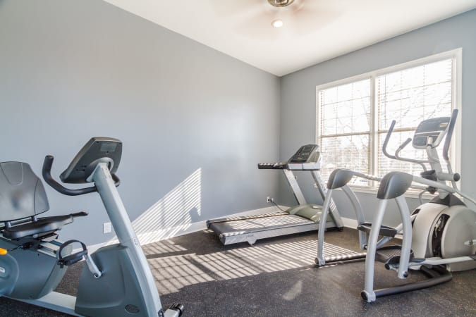 On-site fitness center at Dwell on Riverside