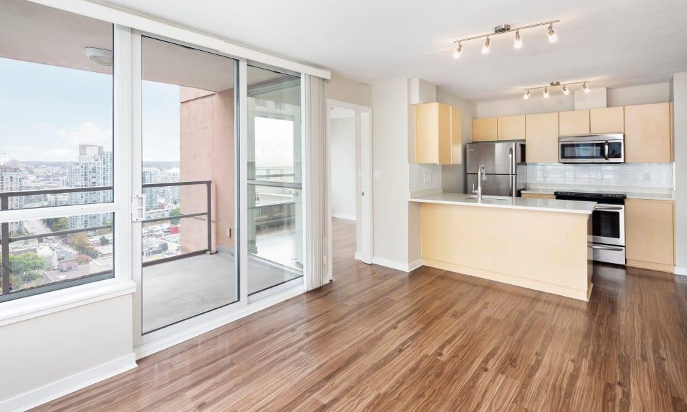 Beautiful hardwood floors at Metropolitan Towers in Vancouver, British Columbia