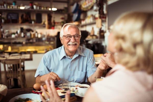 Couple out enjoying a lovely meal near Roseville Commons Senior Living in Roseville, California