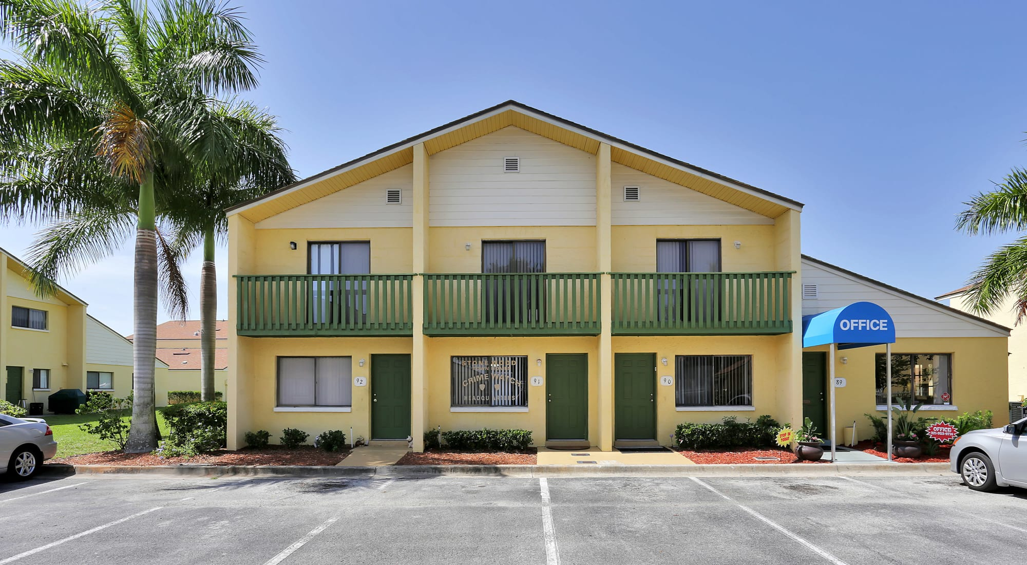 Schedule your tour of Stonewood Townhomes in Melbourne, Florida