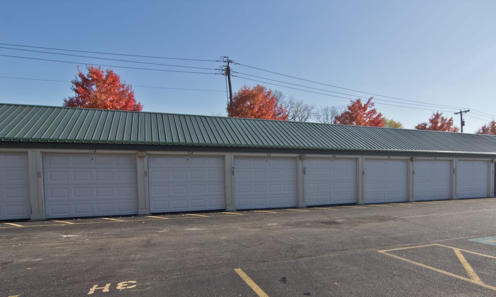 Garages available at Steeplechase Apartments & Townhomes in Toledo, OH
