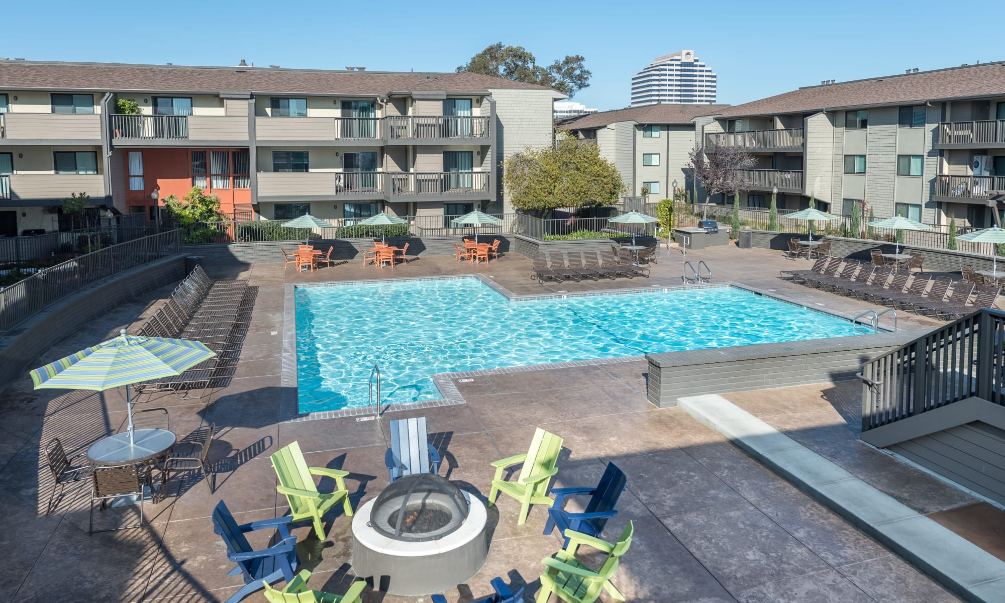 City Center Foster City, CA Apartments | Harbor Cove Apartments