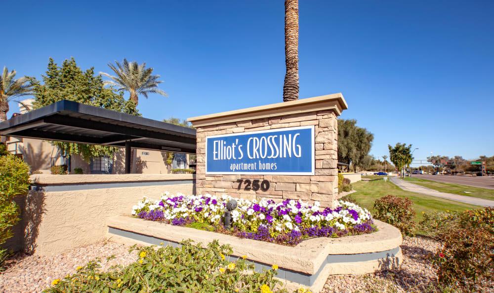 Apartment stone sign in Tempe, Arizona
