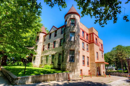 Sunny exterior of Concord & Castle in Des Moines, Iowa